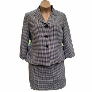 Le Suit Classy Checkered Gingham Skirt Suit